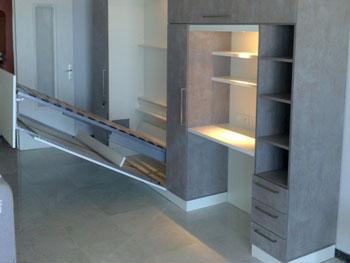 composition lit relevable et bureau. Black Bedroom Furniture Sets. Home Design Ideas
